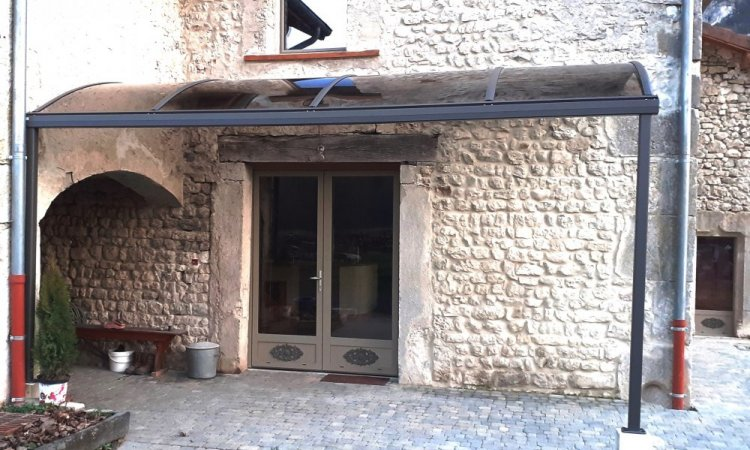 Fabrication et pose de pergolas fixes à Chambéry
